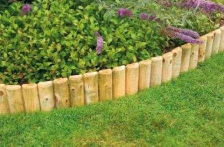 Огородження для клумби з дерева