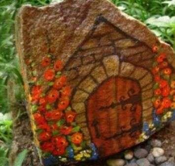 розфарбований камінь