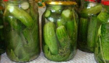 Як приготувати мариновані огірки на зиму