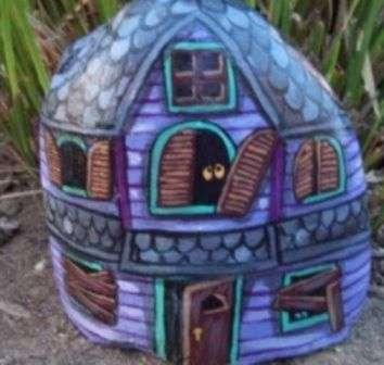 Будиночки для декору дачі, фото