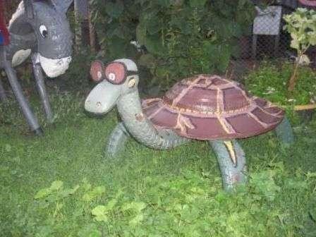 Черепахи з автошини
