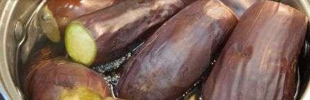 Баклажани мариновані з часником