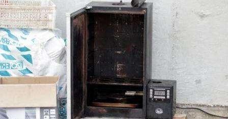 Коптильня з холодильника фото