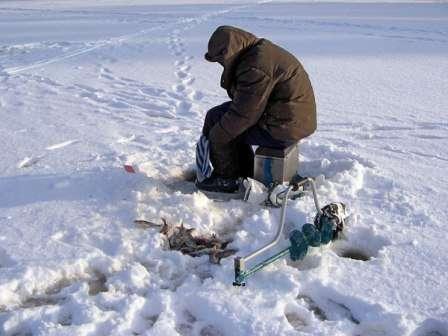 Зимова рибалка в Україні відео