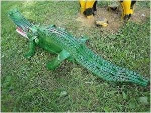 крокоділ з шин