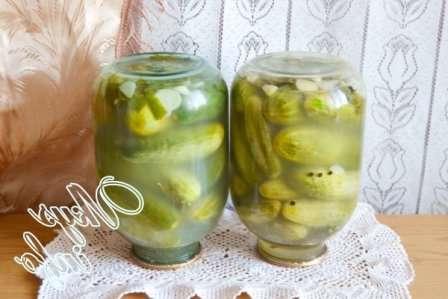 як квасити огірки в банці