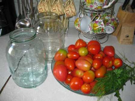 Як консервувати солодкі помідори на зиму