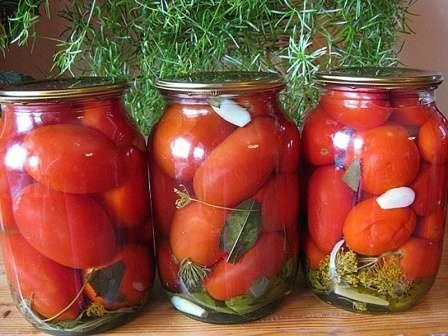 Консервовані солодкі помідори з медом