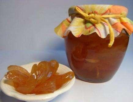 Як приготувати варення з яблук на зиму