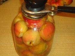 Як зварити компот із яблук