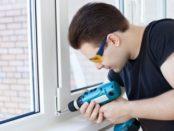 Регулювання пластикових вікон на зиму власноруч: відео-інструкція