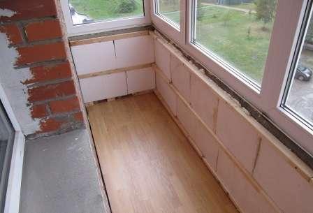 Утеплення балкона із застосуванням пінопласту