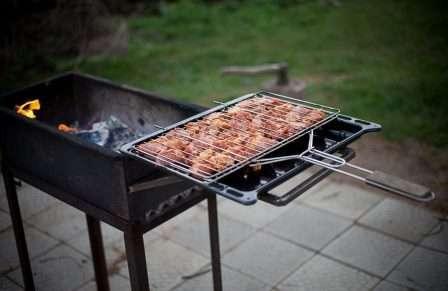 Крок: 4 використання мангала для приготування їжі