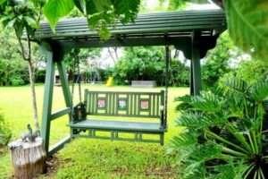 Створення за власними кресленнями садових гойдалок