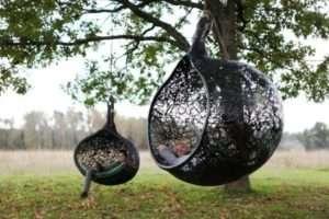 Плетені гойдалки у вигляді сфер