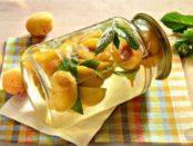 Як приготувати компот із слив і абрикосу: Рецепт компоту зі сливи на зиму з фото